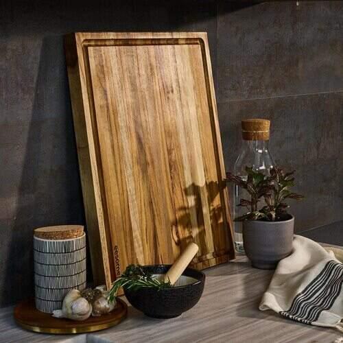 3. Eesome Teak Wood Chopping Board